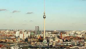 Reasons to go to Berlin Before the tip of the globe in December 2021